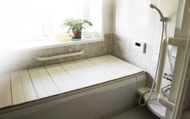 浴室のカビ防止は手軽で効果的にやりたい方におススメの方法はこれ!