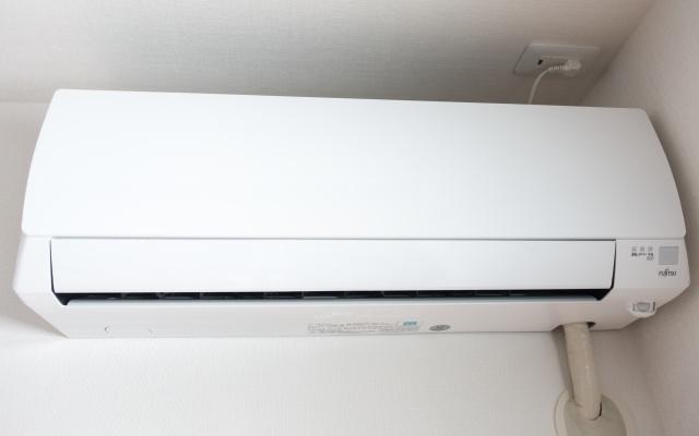 エアコン掃除を自分で簡単に手間なくピッカピカにする方法はある!