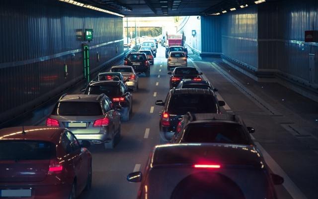 関東の高速道路の渋滞情報はアプリでチェック!予測と裏技を使おう