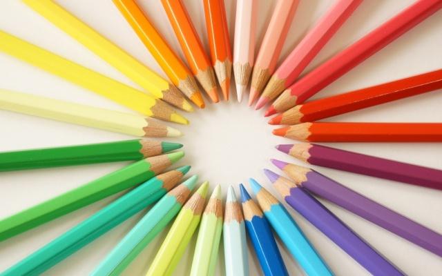 大人の塗り絵をするならおすすめの色鉛筆は?無料ダウンロードが得!