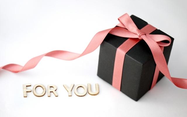 クリスマスプレゼントを彼氏に贈ろう♪大学生の欲しいものランキング♪