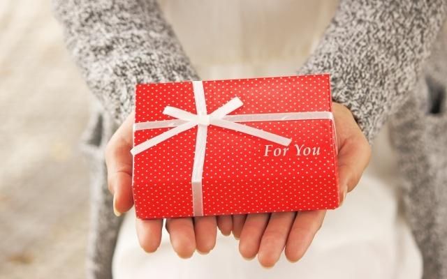 クリスマスプレゼントを彼氏に贈る高校生必見!?喜ばれるランキング