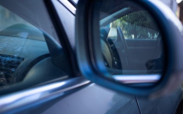 バック駐車をなんとかしたいならコツはミラーとハンドルにあり!