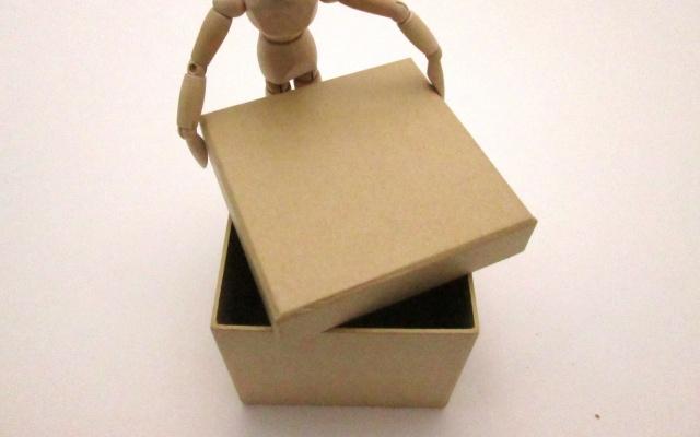 雛人形をしまう箱