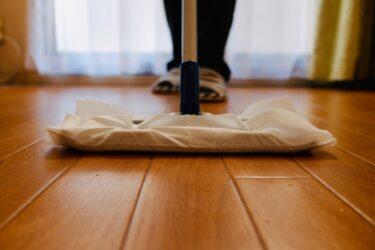 フローリングのホコリが掃除をしても目立つ3つの理由とその対策